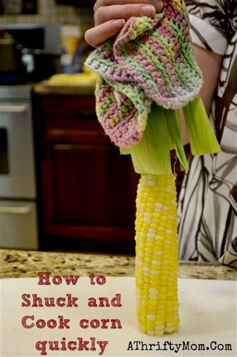 shuck  cook corn quickly  easy steps corn