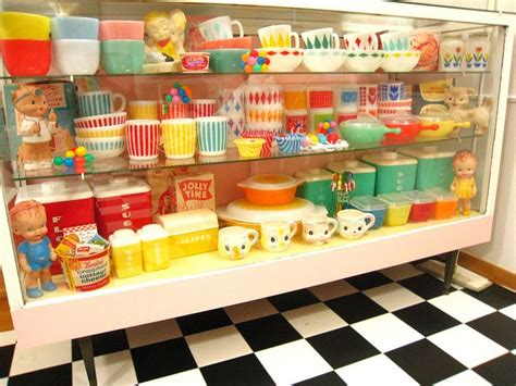 kitchen cabinets to buy where o where can i find a cabinet of goodies like 6421