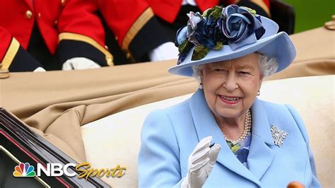 queen elizabeth ii leads royal procession   royal