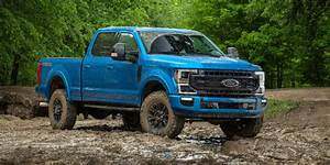 Ford To Launch Powerful 7 3 Liter Gas Engine For Big
