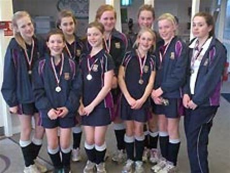 hockey girls runners belmont festival haileybury