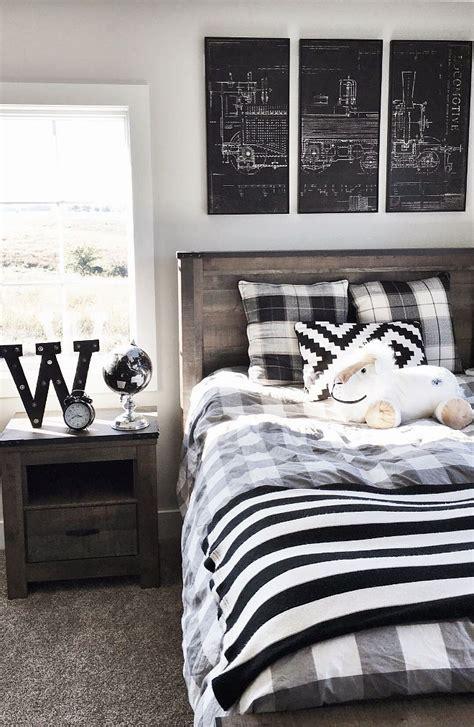Bedroom Decorating Ideas Black Furniture by Best 25 Boys Bedroom Ideas On Children