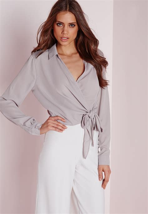 crop blouse missguided tie front cropped blouse grey in gray lyst