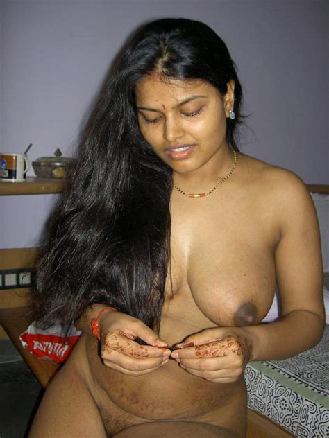Indian hot chick looking real inviting and - XXX Dessert - Picture 6