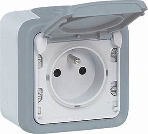 Materiel Electrique Legrand Pas Cher : plexo prise de courant 2p t 16a legrand 069731 legrand ~ Dailycaller-alerts.com Idées de Décoration