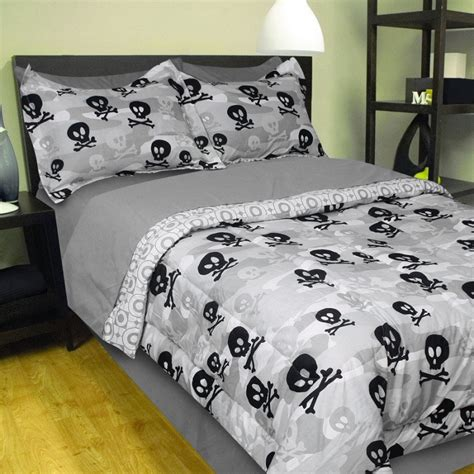 8pc grey camo skulls crossbones full bed in a bag set