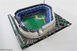 Sean Kenney - Art with LEGO bricks : Yankee Stadium