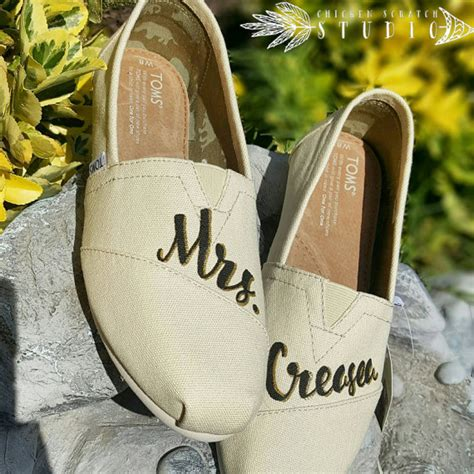 toms wedding shoes  comfortable flat   bride