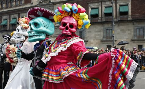 Day of the Dead parade hits Mexico City as holiday expands ...