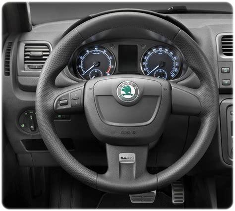 skoda octavia al volante kit parrot mki9000 comandi al volante skoda sael snc
