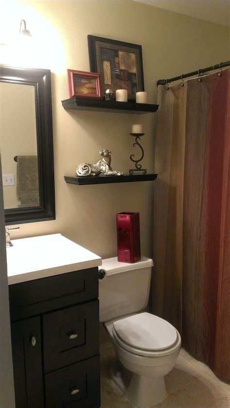 small bathroom  earth tone color scheme bathroom