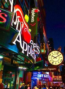New Years Eve at Applebee's 42nd Street | NYC New Years Eve 2021