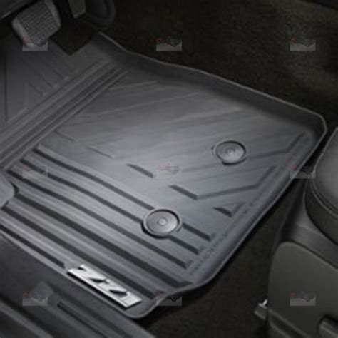 Chevy Colorado Z71 Floor Mats by Gm 22968487 Black Front All Weather Floor Mats W Z71 Logo