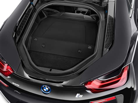 2016 Bmw I8 2-door Coupe Trunk, Size