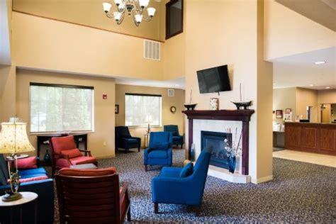 comfort suites lake geneva comfort suites lake geneva updated 2017 hotel reviews