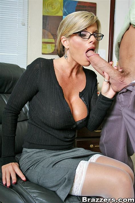 Busty Milf Secretary In White Stockings Nailed Upskirt Pichunter