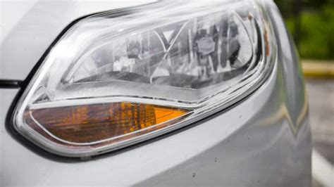 cost  replace car headlights angies