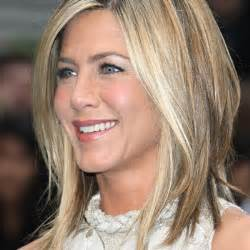 Jennifer Aniston Lob Hairstyle