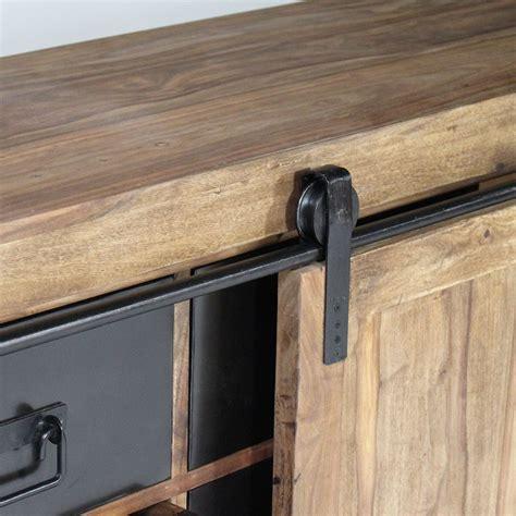 cuisine avec comptoir buffet industriel porte coulissante bois naturel made in