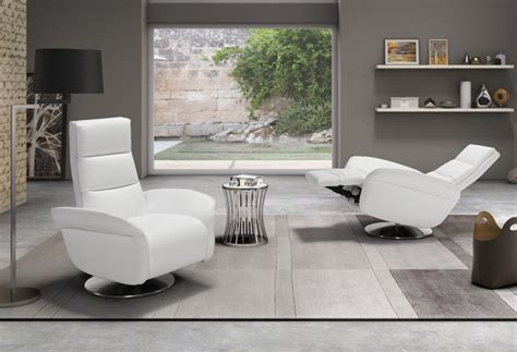 Poltrona Tv Design : Poltrona Relax Elegante Per Guardare Tv