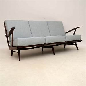 Sofa Retro : danish vintage sofa urban outers bungalow sofa furniture ~ Pilothousefishingboats.com Haus und Dekorationen