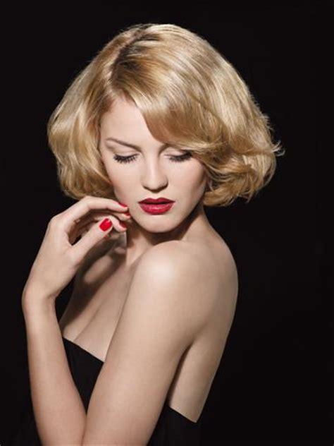 Coiffure Glamour Cheveux Mi Long