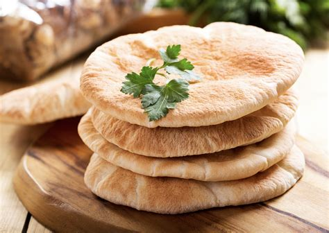 The Origins and Uses of Pita Bread - PAYMON'S