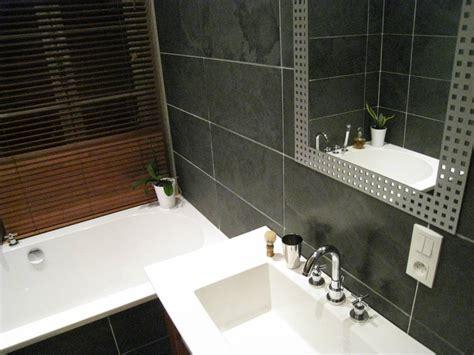 salle de bain avec de parement minardoises parement de sol en ardoise