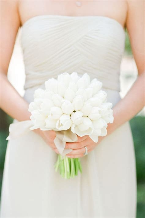 17 Best Ideas About White Tulip Bouquet On Pinterest