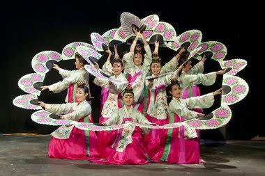 aum students   taste  traditional korean arts
