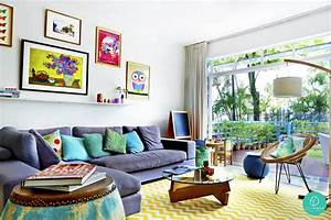 The Living Room With Quirky Decoration Makes It Look More ...