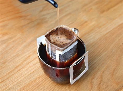 What is drip coffee and what makes it so special? Instant Drip Coffee - Hazelnut Blend 10 Packs (1 Pack per Serving) - Coffeeshop - Coffee Bean ...