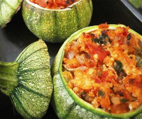 cuisiner la courgette ronde courgettes rondes farcies volaille légumes l 39 atelier de