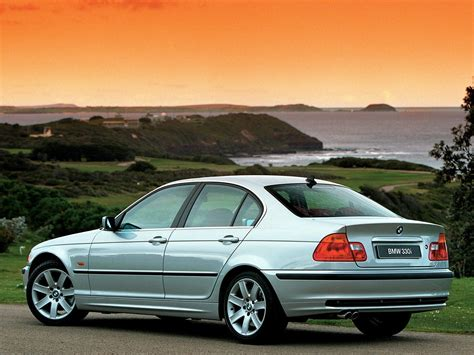 Bmw 5 Series Sedan Backgrounds by Bmw 330i Sedan E46 Wallpapers Car Hd Bmw Bmwcase Bmw