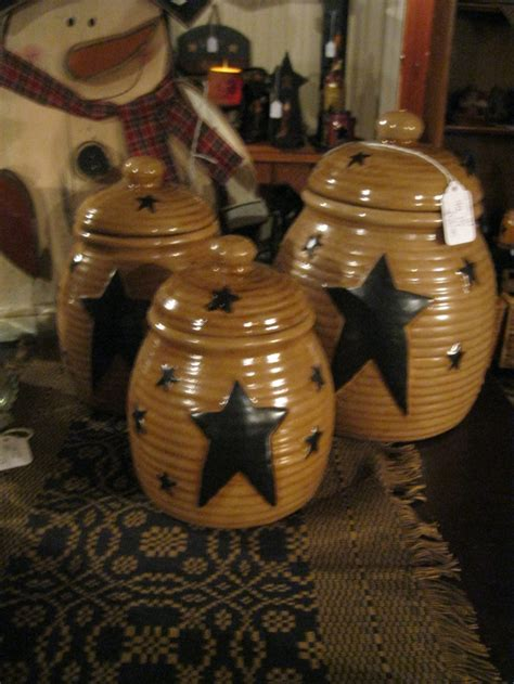 Primitive Kitchen Canister Sets by Best 25 Primitive Canisters Ideas On Country