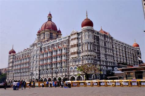 solo travel tips mumbai india solitary wanderer