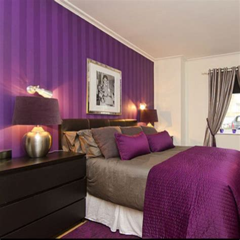 Bedroom Decor Ideas In Purple by I The Purple Striped Wall Bedrooms
