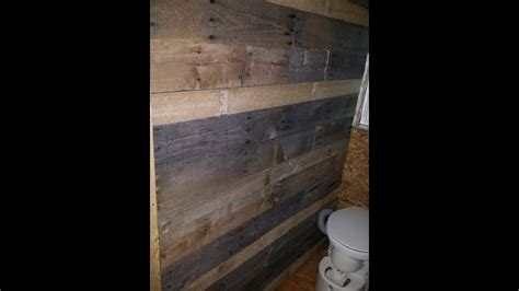 making rustic pallet wood bathroom wall   tiny home
