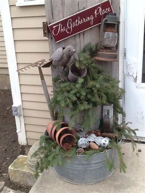 primitive outdoor christmas decorating ideas
