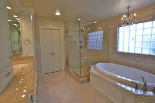 Small Bathroom Remodel Ideas On A Budget by 20 Master Bathroom Remodeling Designs Decorating Ideas