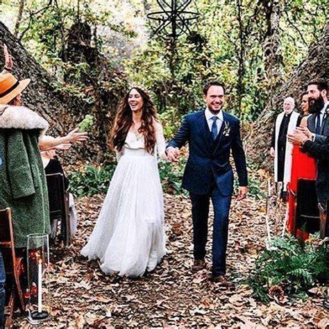 le mariage  cool de patrick adams de suits avec troian
