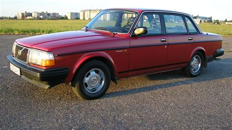 Volvo 240 Mpg by 1990 Volvo 240 Information And Photos Zomb Drive
