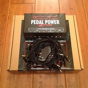 Voodoo Lab Pedal Power 2  Plus Isolated Pedalboard Power