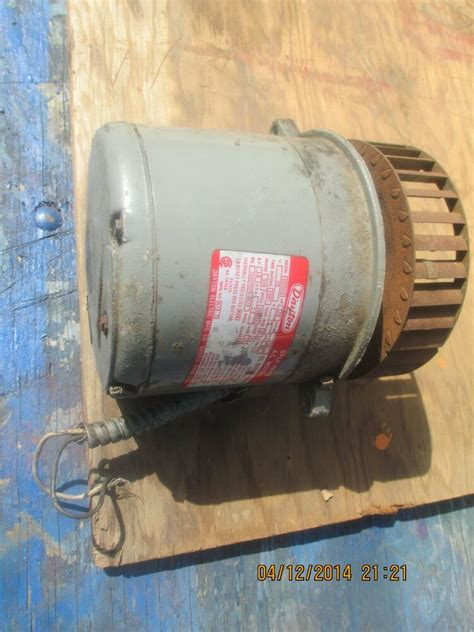 8hp Electric Motor by Dayton Electric Motor 1 8 Hp Split Phase 1725 Rpm Ebay