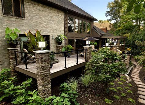 terrasse balcon d une maison luxueuse garde corps net