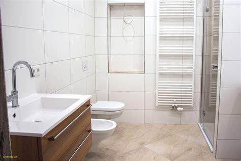 Badezimmer Fliesen Bordüre by Badezimmer Badezimmer Fliesen Streichen Vorher Nachher