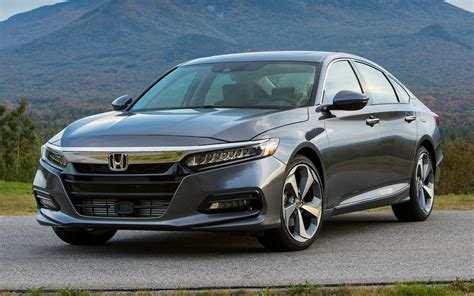Honda Accord Hd Picture by 2018 Honda Accord Touring Wallpapers And Hd Images Car