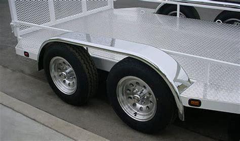 Boat Trailer Inner Fender Guards by Stainless Steel Boat Trailer Fenders 183 Shadow Trailers