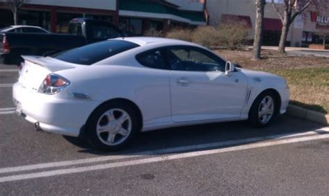 2003 Hyundai Tiburon Problems by Find Used 2003 Hyundai Tiburon Gt Coupe 2 Door 2 7l In