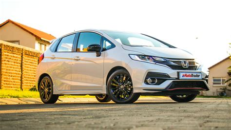 The all new next generation honda jazz is now available with a brand new design, unique personalities and electrified e:hev technology. Honda Jazz 1.5 Sport (2020) Review - Expert Honda Jazz Car ...